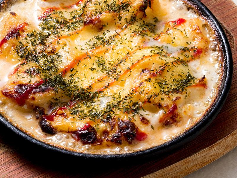 タラと冬野菜のあつあつチーズグラタン